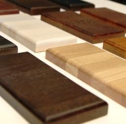 образцы лаков и красок для отделки лестниц